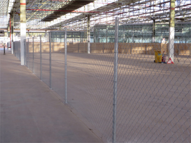 Base Plated Chain Wire Fence